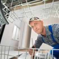Почему посудомойка Электролюкс не сливает воду и что с этим делать: советы мастеров