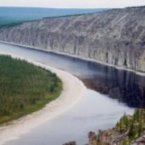 Каков уровень воды в реке Лена, от чего он зависит?