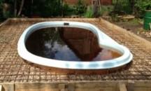 Что делать, если вода в бассейне стала коричневого цвета?