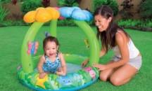 Обзор популярных моделей детских надувных бассейнов с навесом от солнца