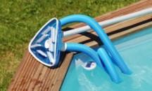 Как своими руками сделать пылесос для бассейна из погружного насоса?