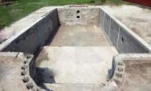 Какая цена возведения бетонного бассейна собственноручно и под ключ?