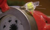 Что из себя представляют и как работают пломбы на счетчики воды?
