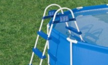 Обзор моделей лестниц для бассейна Bestway, инструкция по использованию
