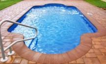 Что собой представляет нескользящая плитка для бассейна, на что ориентироваться при выборе?